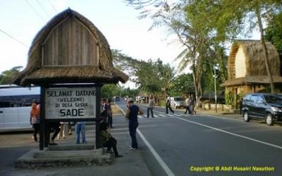 Rumah Adat Tradisional Sade Rambitan Lombok