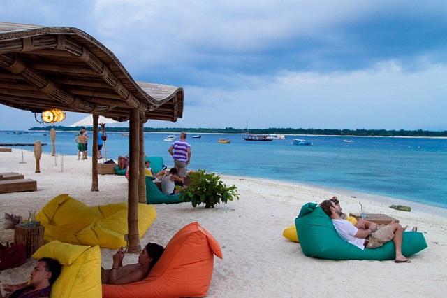 Hasil gambar untuk objek wisata lombok gili air